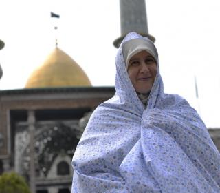Pilgrimage and visit Mrs. Hanan ِDavar, Australian Islamic scholars of the holy shrine